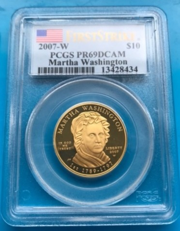 1/2 oz Gold USA First Spouse Gold Coin in SLAB Martha Washington